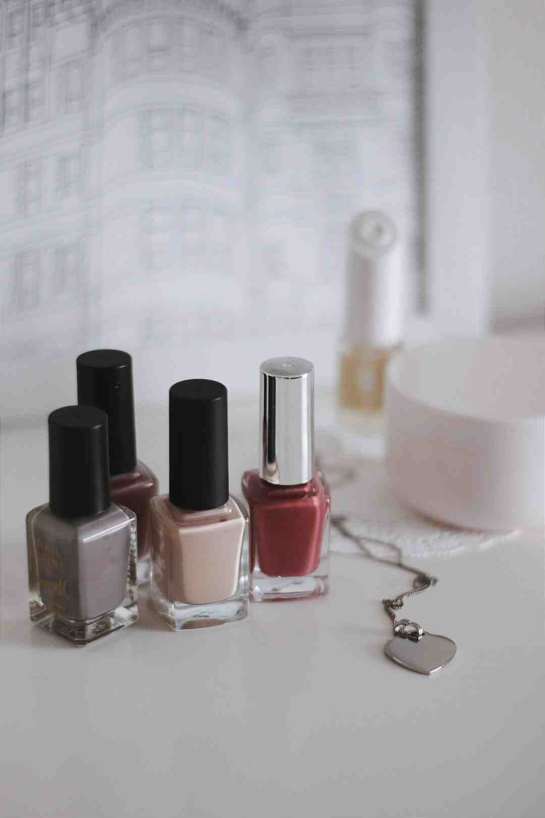 Are press on nails better than acrylic?